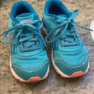 Worn only a few times girls new balance sneakers